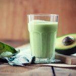 6 Overheerlijke Avocado Smoothie Recepten (Genieten!)