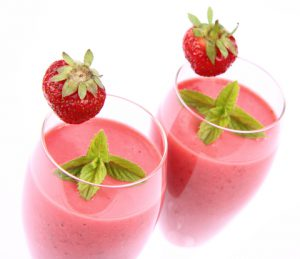 http://www.dreamstime.com/royalty-free-stock-photos-strawberry-shakes-image20456118